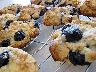 cherry&blueberrycookie1.jpg